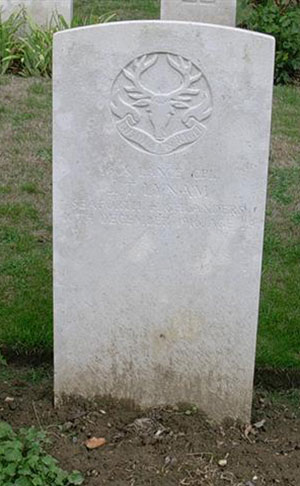 WW1 headstone for John Thomas Lynam
