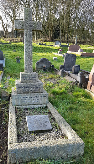 Macdonald family grave at Crich