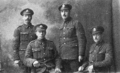 soldier group in WW1