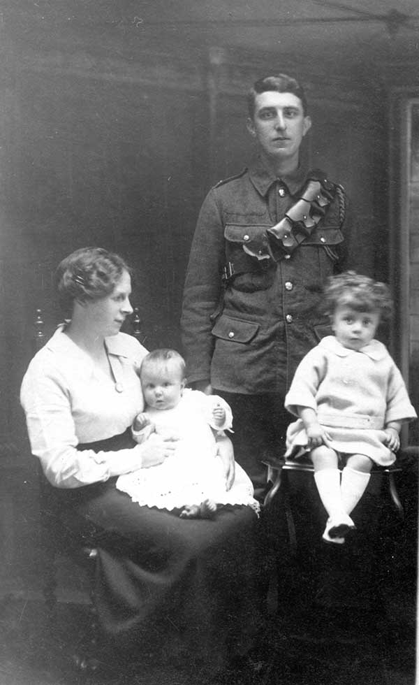 Arthur Swanick and family in WW2