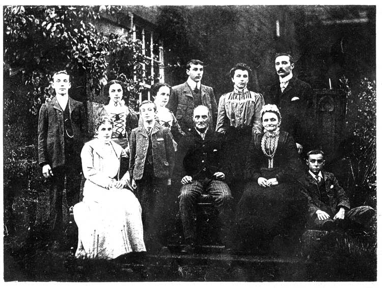 Vaughan Taylor family c1905