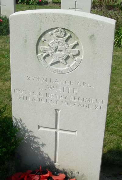WW1 headstone for John White